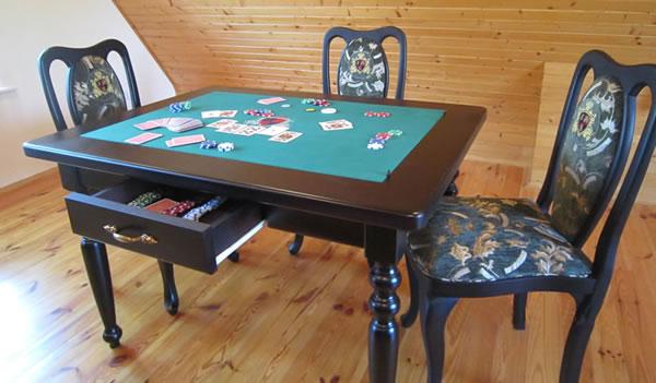 Стол  многофункциональный  карты-шахматы-нарды
